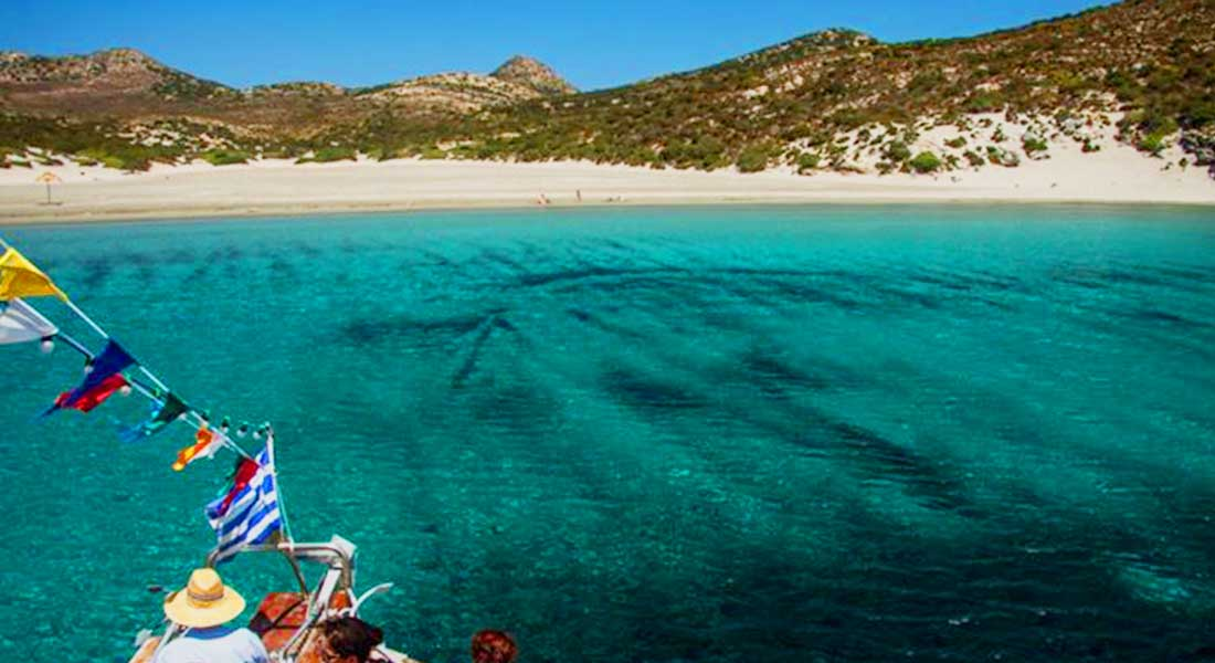 Boat trips around Antiparos | Oliaros Tours