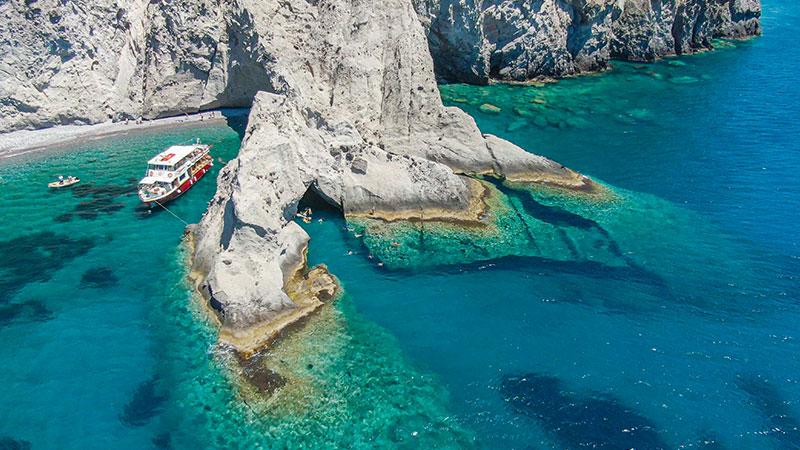Boat trips around Antiparos | Oliaros Tours